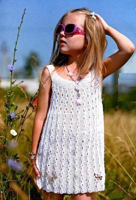 Платья спицами девочкам самое интересное