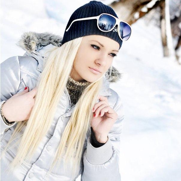 Фото девушек на аву вк, бесплатные ...: pictures11.ru/foto-devushek-na-avu-vk.html