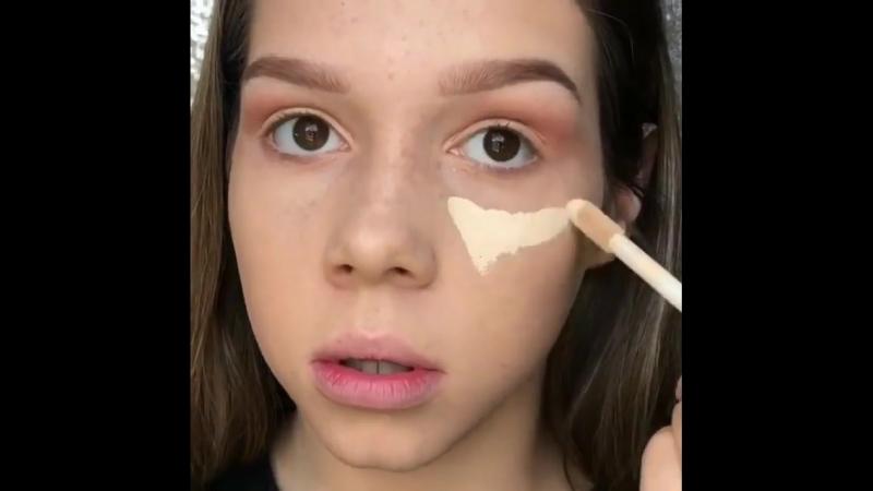 Как вам такой макияж для подростка? 🤔🙈