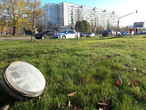 Утром 5 ноября на северо-востоке столицы произошло ДТП. На пересечении улиц Лескова и Корнейчука авт...