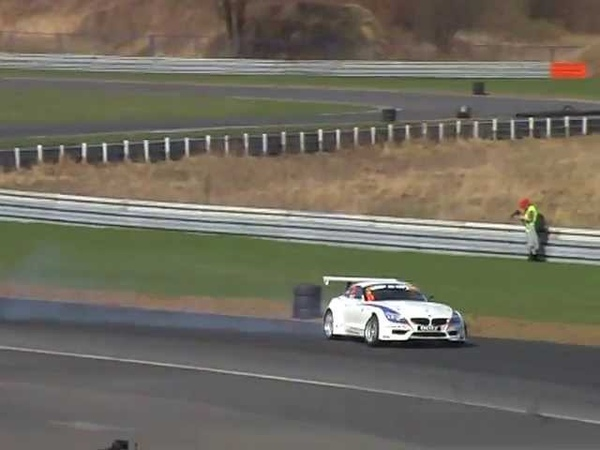 Szymon Budzyński BMW Z4 M5 V10 drifting Poznań