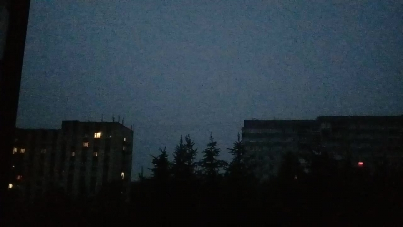 Молнии над городом Ухта в ночь с 25 на 26 июня 2018 года