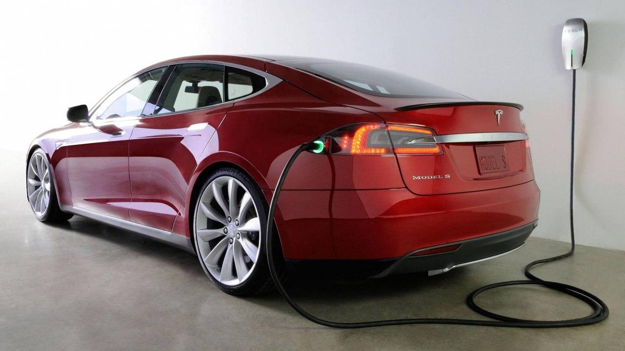 зарядка Tesla в России