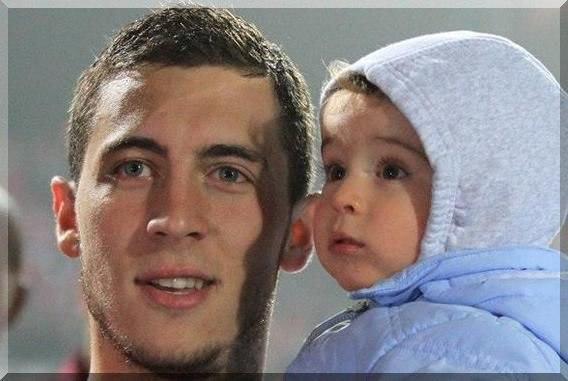 Эден Азар и его ребенок