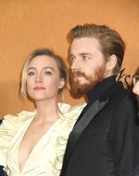 Сирша Ронан провела новогодние каникулы с коллегой по фильму Две королевы Джеком Лауденом: фото О романе 24-летней актрисы и 28-летнего актера впервые заговорили в декабре прошлого года, но