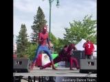 Дэдпул и Человек-паук станцевали под песню Shake It Off (6 sec)