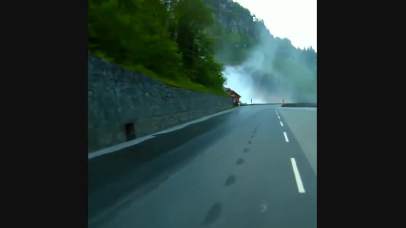 Водопад Латефоссен в Одде, Норвегия