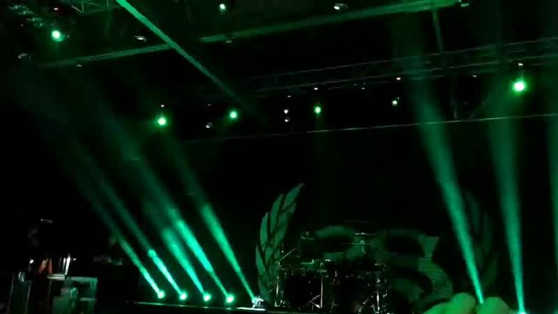Концерт Stone Sour в Ростове) Песня Taipei person/allah tea