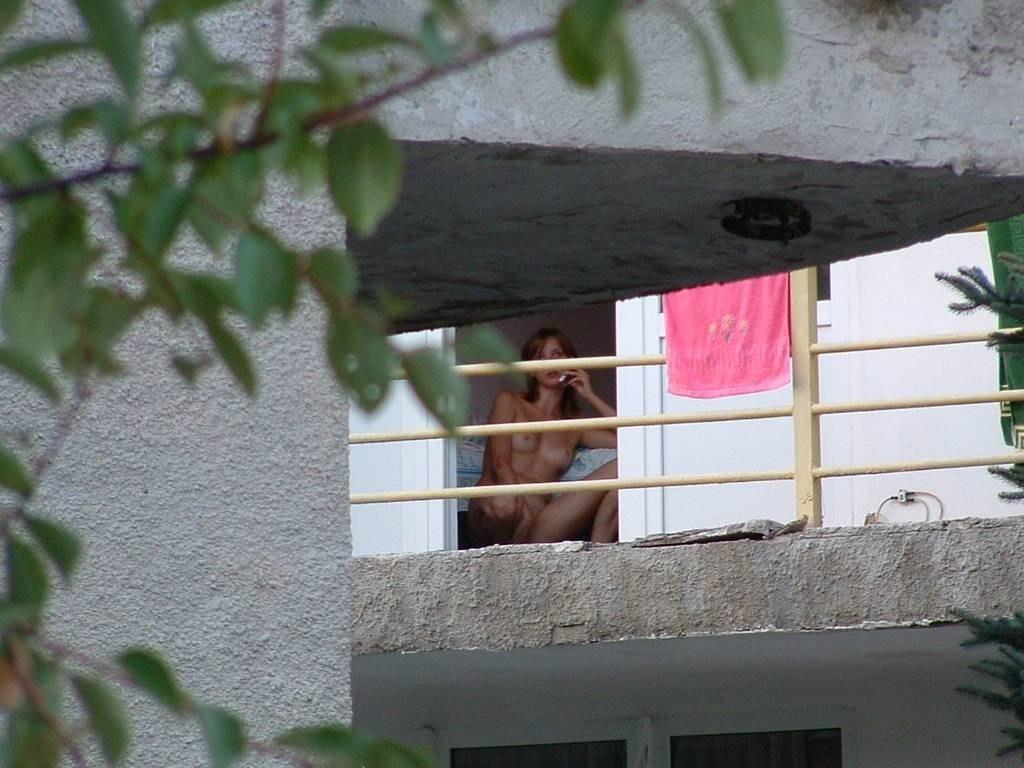 seks-za-oknom