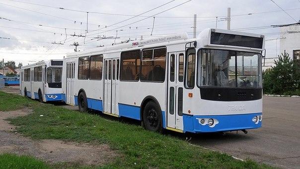 на поставку троллейбусов