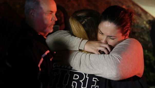 кровавая бойня в калифорнии 11 человек погибли и 6 ранены после массовой стрельбы в переполненном баре borderline bar and grill в калифорнийском городке... жуткой трагедии читать