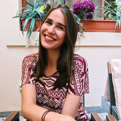 Александра Зуева