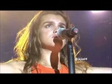 AMAIA 'SHAKE IT OUT' - Operaci