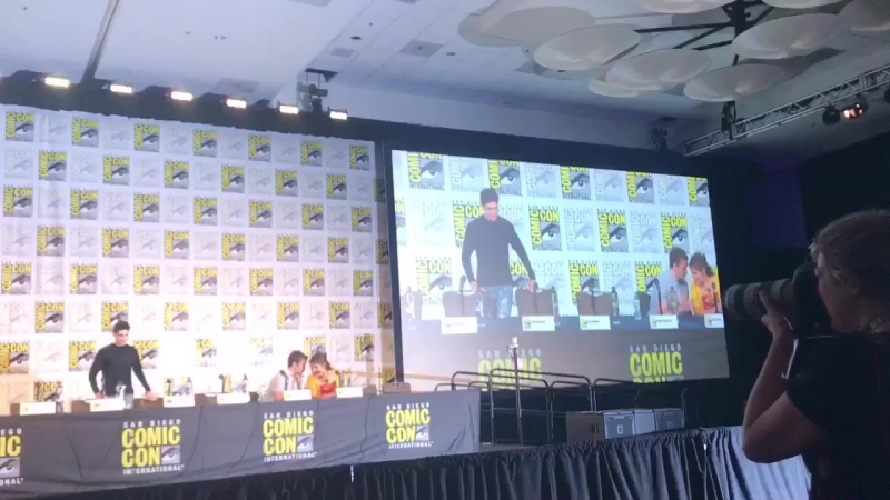 VIDEO The beginning of the panel with Bob and Eliza SDCC2018 via @bellamysradio