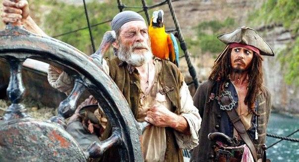 Подборка лучших фильмов про пиратов. Забирай на стену, чтобы не потерять!