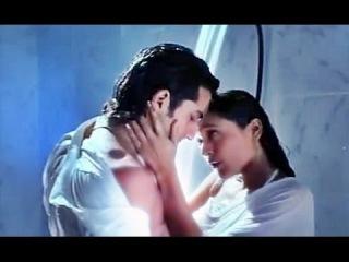 Alka Yagnik - Ek Jawani Teri Ek Jawani Meri - Kachche Dhaage (1999)