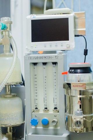 Аппарат для ингаляционной анестезии и кардиомонитор