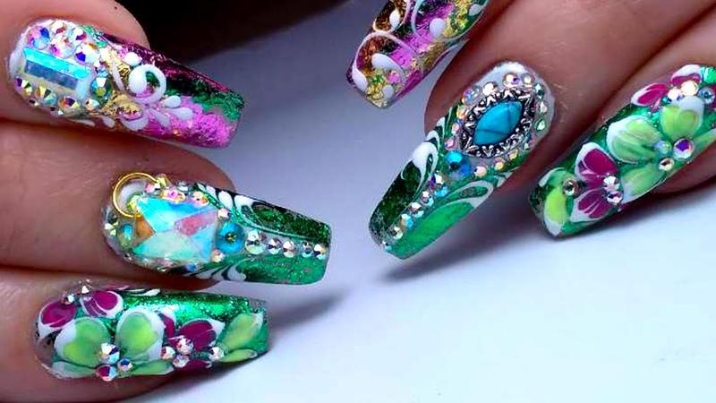 Весенний дизайн ногтей По Богатому Фольга Цветочки и стразы Маникюр 2018