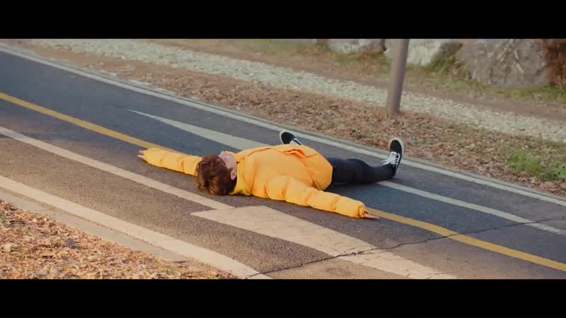 TXT (투모로우바이투게더) 'Introduction Film - What do you do' - 휴닝카이 (HUENINGKAI)