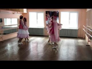 Татарский танец на конкурсе