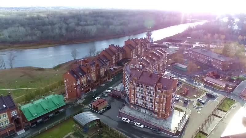Квартира на берегу реки! 250 кв. метров, 3 этажа. Центр города. Потрясающий вид на реку Урал. Рядом детский сад, школа, спортивн