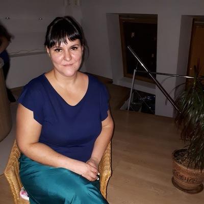 Юлия Ишимникова