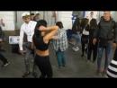 Горячая бразильянка танцует в кругу конкуренток из СНГ биомусора