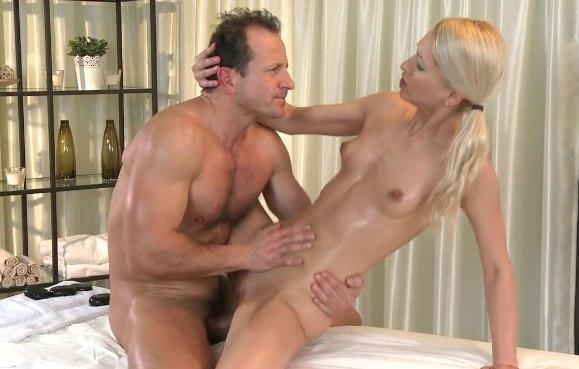 Сильный секс массаж