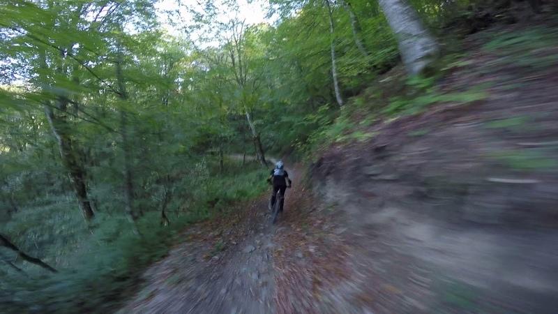 Артем 14 лет Первый день катания в байк парке Горки Часть 2 Школа Маунтинбайка