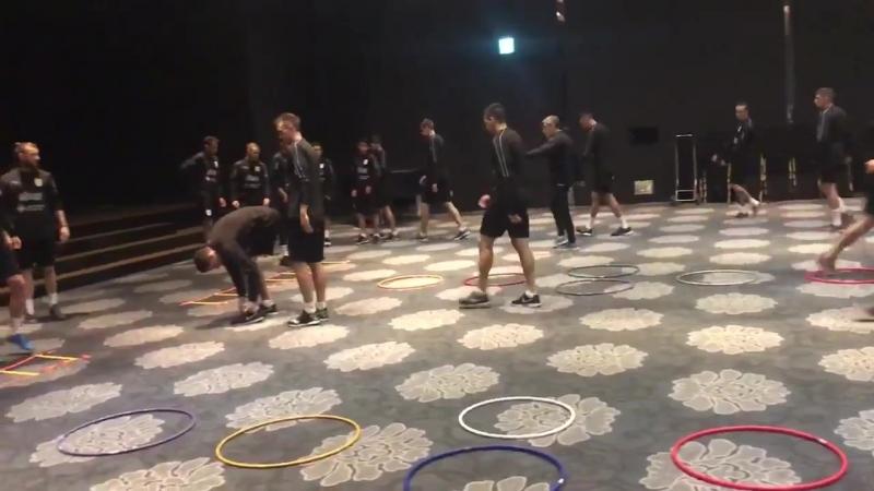 Activación del plantel celeste al mediodía de Seúl en el hotel Mayfield. Hoy a las 2000 h
