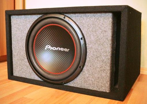 Pioneer TS-W304R Цена 4200р