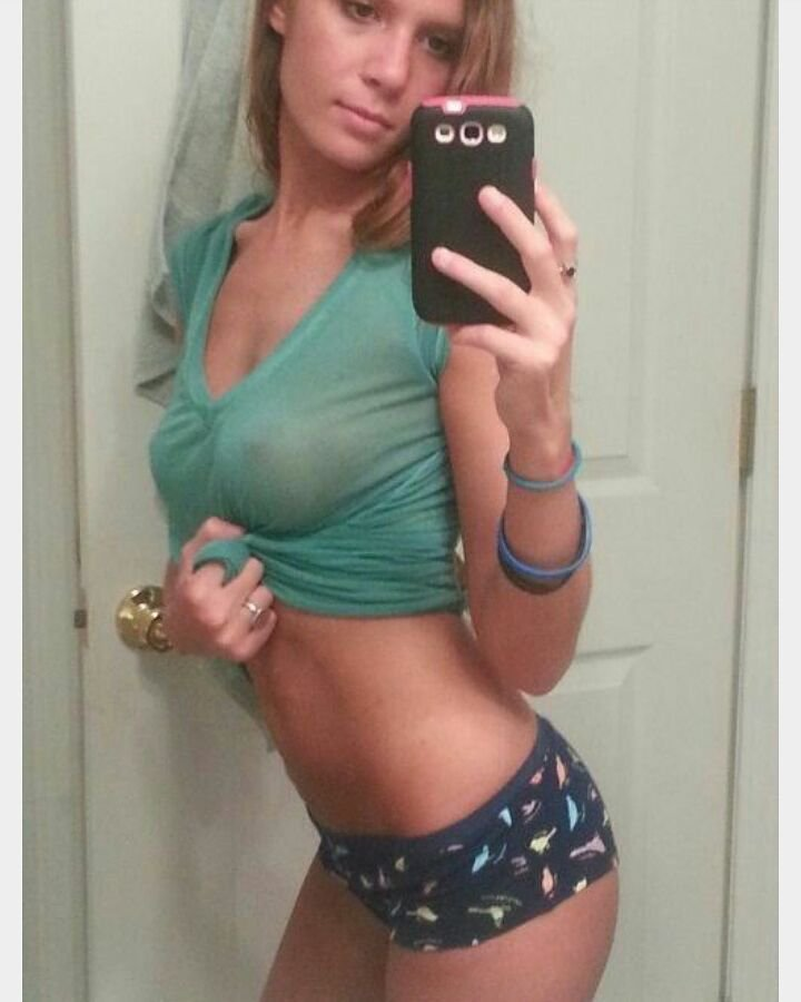 Dominatrix muscle woman porn