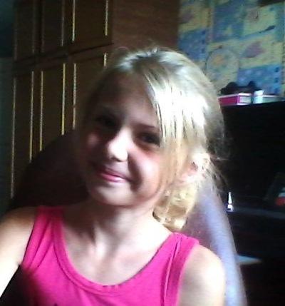 Маришка Мирошниченко, 14 сентября , Калуга, id181398799