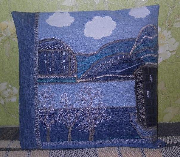 Джинсовая лоскутная подушка. (1 фото) - картинка