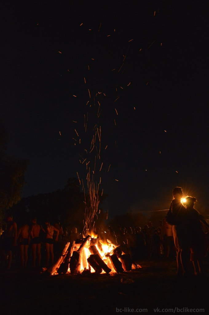 Життя міста Біла Церква: Святкування Івана Купала в Білій Церкві 2013. Стрибки через вогонь
