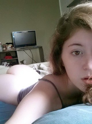 spread legs and vagina porn