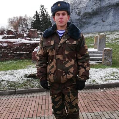 Влад Ковшик