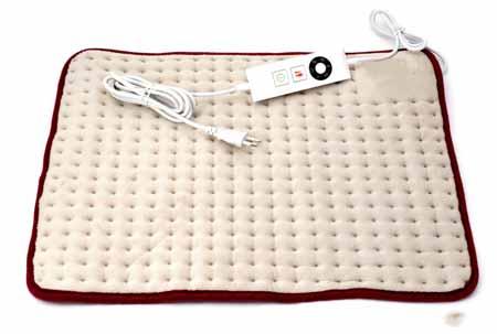 Для облегчения боли грелку можно удерживать в зоне поражения на спине до 20 минут.