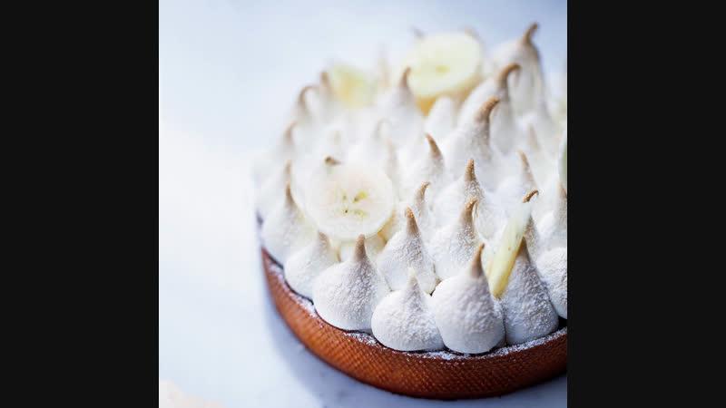 Мк. Банановый тарт-суфле с вербеной и лемонграссом от Седрика Гроле!