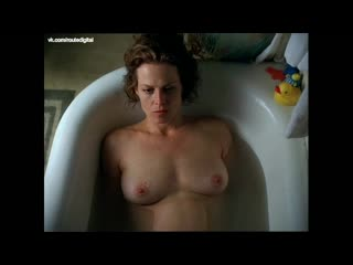 Sigourney weaver nude - a map of the world (us 2000) watch online
