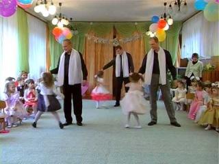 Танец на утреннике 8 Марта (Отец и дочь) Мариуполь
