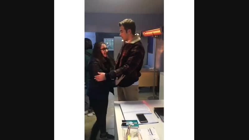 Yusuf Çim видео с поклонницей Юсуф Чим