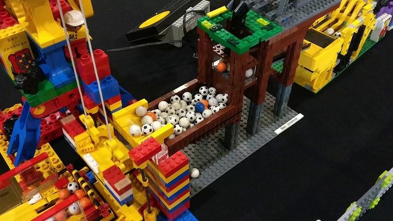 Festijn met bouwsteentjes tijdens MegaTruck Festival 2017