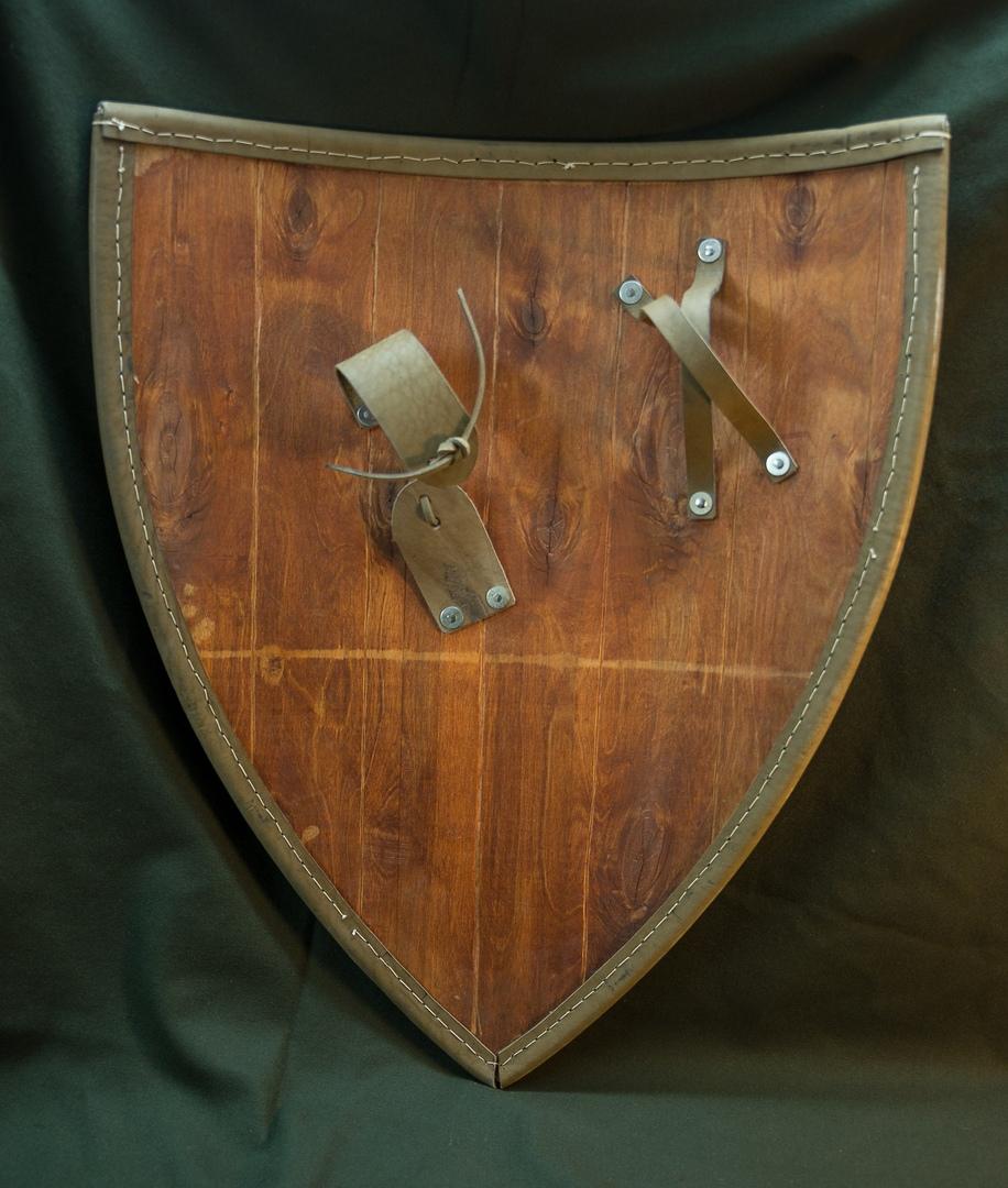 Escudos, estética y heraldica S_8V0MnaA6Y
