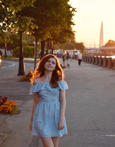 Ангелина Желонкина