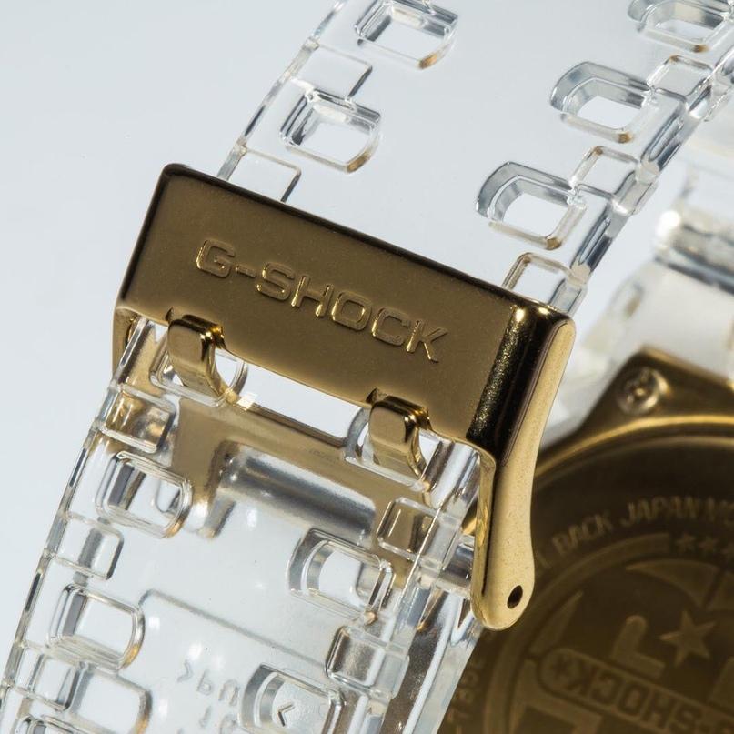 Компания casio позаботилась о качественном исполнении золотого цвета в часах касио джи шок.