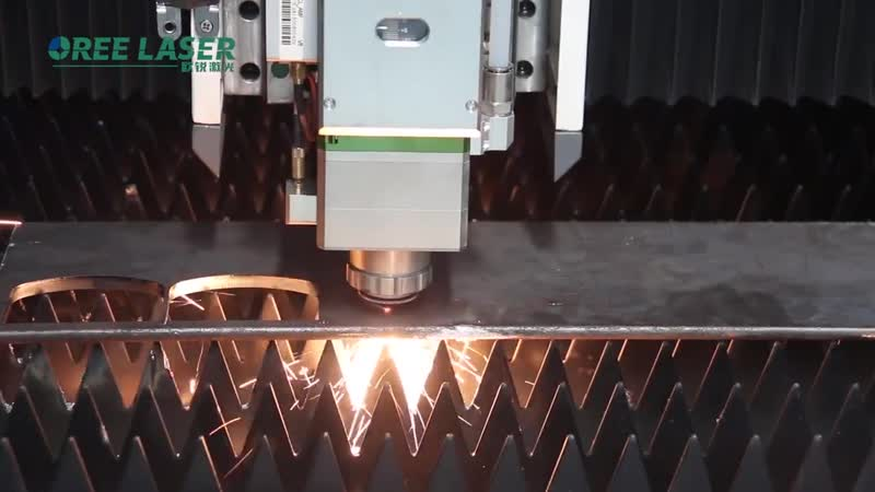 All covered protective fiber laser cutting machine