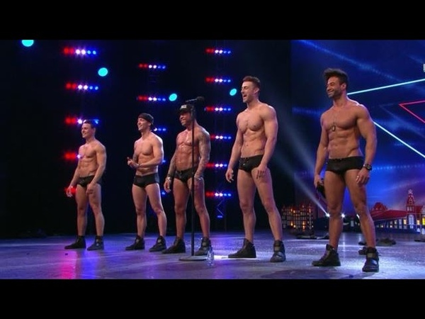 Sexy SixxPaxx-mannen strippen er op los - HOLLANDS GOT TALENT