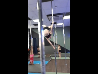 POLE SPORT KIDS. Школа танцевальной и воздушно-силовой акробатики