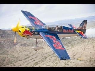 Rickie Fowler in the hot seat with aerobatic pilot Kirby Chambliss
